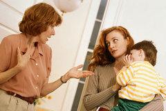 Bị bố mẹ chồng chửi mắng vì muốn ra ở riêng