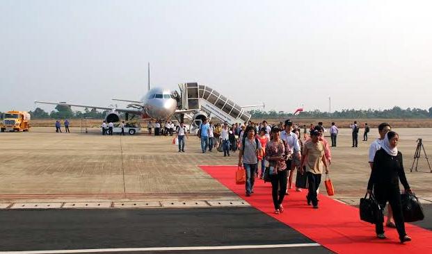 hàng-không, hãng-bay, hàng-không-nội-địa, cạnh-tranh, cuộc-đua, Vietnam Airlines, VietJet Air, Jetstar Pacific, giá-vé, tàu-bay, mở-đường-bay-mới