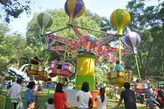 Công viên, TTTM quá tải ngày đầu năm