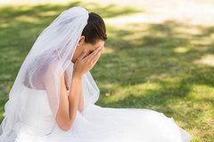 """Đám cưới tan hoang vì người cũ diễn """"trò"""""""