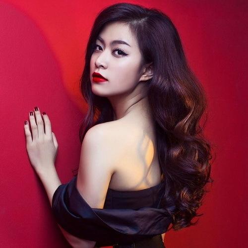 Hoàng Thùy Linh 'tái xuất' trên VTV sau 5 năm vắng bóng