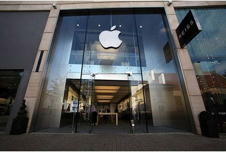 Người Việt đập phá náo loạn Apple Store ở Anh