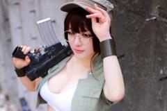 Nữ quân nhân Metal Slug xinh đẹp quyến rũ