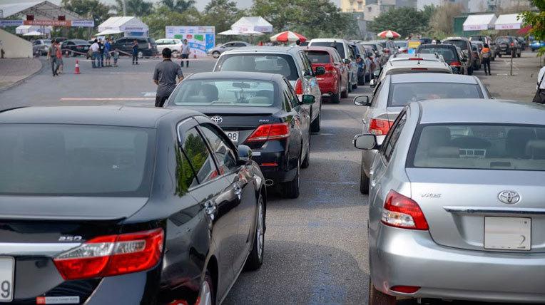 Sắp tăng thuế và phí trước bạ với ôtô?