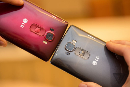 LG G Flex 2, CES 2015