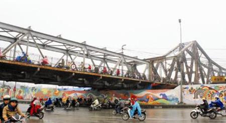 cầu Long Biên, xuống cấp, sửa chữa
