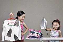 Khuyến khích bé làm việc nhà