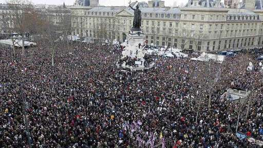 Lãnh đạo thế giới tuần hành chống khủng bố