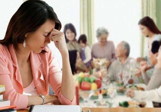 Vì sao nàng dâu sợ ăn Tết quê chồng?