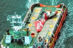 Đã vớt được hộp đen máy bay AirAsia gặp nạn