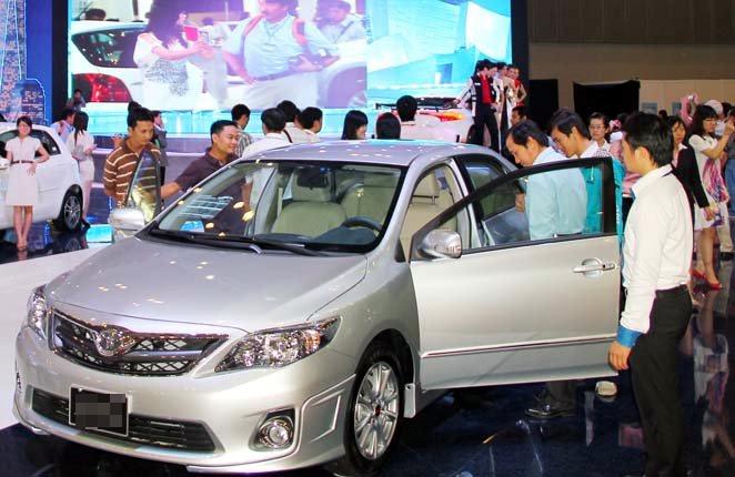 ô-tô, nhu-cầu, doanh-số, tiêu-thụ, lắp-ráp, nhập-khẩu, Toyota, Ford, Mazda, mẫu-mới, cạnh-tranh, phân-khúc, khuyến-mãi, giảm-giá