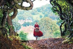 Cô gái quàng khăn đỏ tham ăn, hoàng tử không chung tình