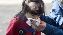 8 việc bố mẹ có thể làm để con không bị cảm cúm mùa lạnh
