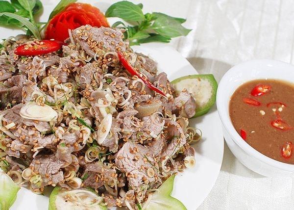 Mốt Hà thành Tết 2015: Ăn thịt dê cầu tài lộc