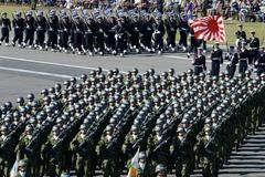 Nhật tăng chi quốc phòng 'chưa ăn thua'
