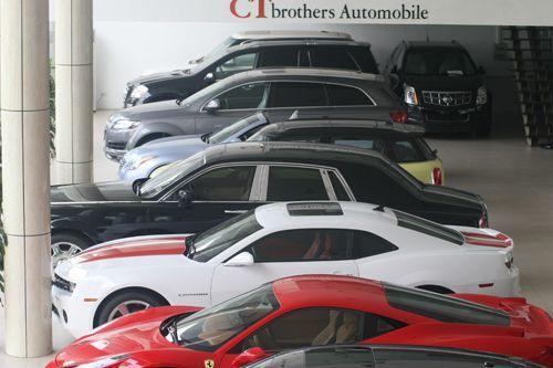 Tăng 200% thuế ôtô: Nghèo đừng chơi sang