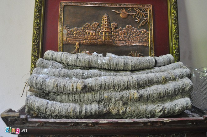 Khối tiền giấu kín trong kho nhà đại gia Bắc Ninh