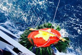 Giữa biển trời Tổ quốc, nhớ lính hải quân hóa thân vào sóng