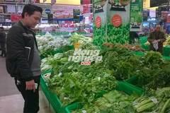"""Hàng loạt siêu thị lớn Hà Nội """"bị lừa"""" bán rau không rõ nguồn gốc"""