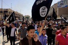 IS công khai xử tử 13 thiếu niên vì xem bóng đá
