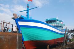 Tàu cá bị tàu TQ đâm chìm ở Hoàng Sa sắp hạ thủy