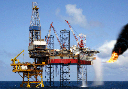 giá-dầu, giảm-giá, PVN, khai-thác, dầu-khí, xăng-dầu, dầu-thô, ngân-sách, giảm-thu, tăng-trưởng.