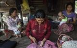 Thảm cảnh cả làng nhiễm HIV vì lang băm