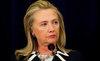 Xem Hillary Clinton nhại giọng Putin