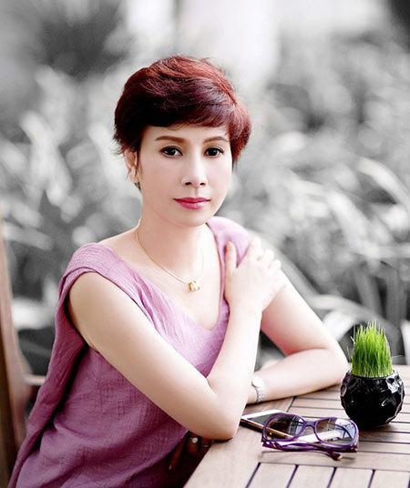 Mẹ của thiếu gia bạn trai Á hậu Huyền My lên tiếng