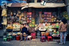 Bình yên nét chợ quê sót lại giữa phố cổ Hà Thành