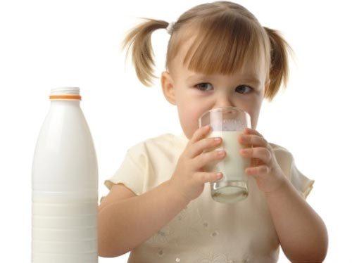 Trẻ em có thực sự cần phải uống sữa?