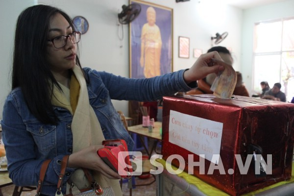 """Chuyện lạ: Quán cơm """"trả tiền tùy tâm"""" ở Hà Nội"""