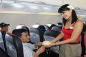 Đi hàng không giá rẻ: Tiết kiệm ngân sách sao còn tranh cãi?
