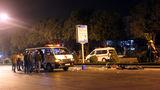 Đâm đuôi ôtô dừng đèn đỏ, 2 thanh niên chết thảm