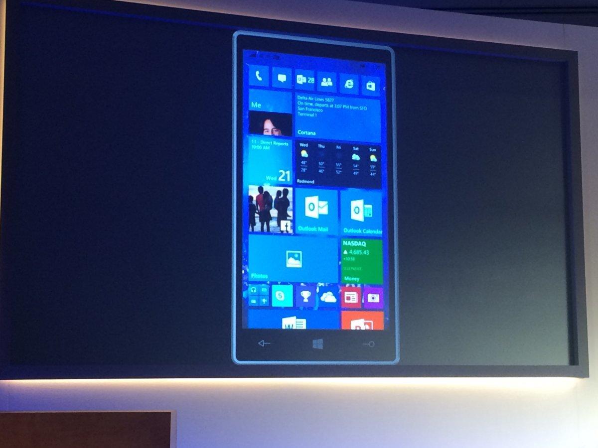 Microsoft, Windows 10, HoloLens