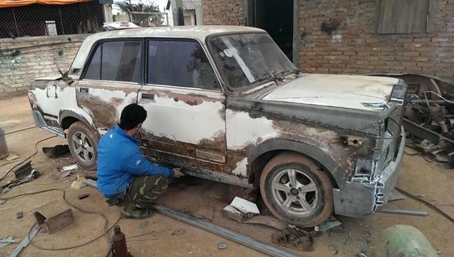 Xuất hiện hình ảnh xe Rolls-Royce tự chế của thợ Bắc Giang