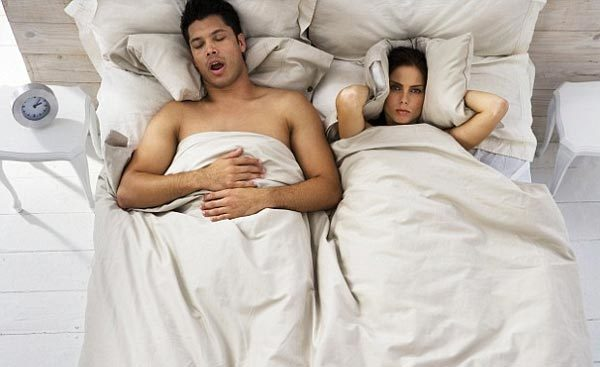 Mẹo đơn giản giúp chống ngáy khi ngủ