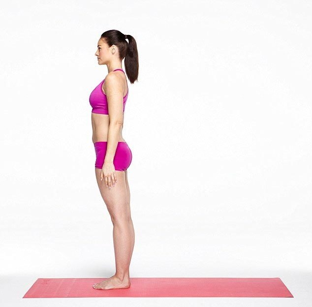 10 bước tập Yoga giúp bụng phẳng, eo thon