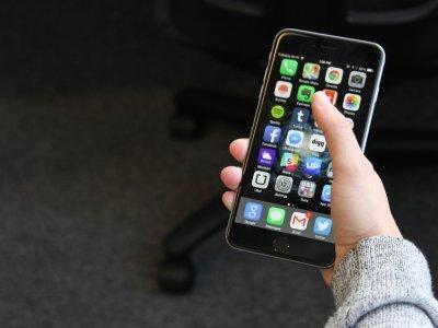 smartphone, HTC, Samsung, iPhone 6, iPhone 6 Plus