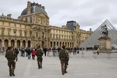 Paris cấm quay phim hành động vì sợ dân hoang mang