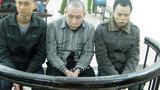 Trong trại giam, 'đại ca' chỉ đạo đàn em vận chuyển ma túy
