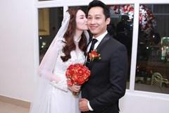 Trúc Diễm hôn chú rể say đắm trong ngày cưới