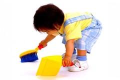 Mẹo hay giúp mẹ dạy con lau dọn nhà cửa đón Tết