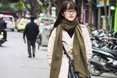 Phái đẹp Hà Thành khoe vẻ tươi tắn trong street style cuối tuần