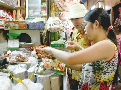 Đồ chay giả mặn độc hại tràn về từ Đài Loan