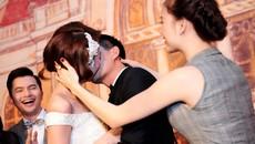 Ngân Khánh bị ép hôn chú rể trong tiệc cưới đặc biệt