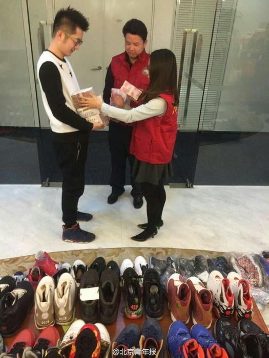 Cầm cố 283 đôi giày hàng hiệu lấy 3,4 tỷ mua nhà cưới vợ