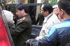 Truy tố cựu Giám đốc công ty rượu Hà Nội