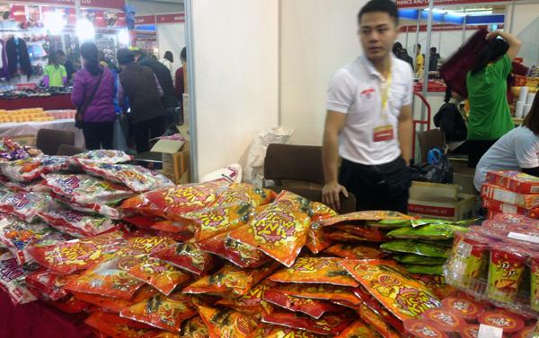 Hàng Thái được mùa tết Việt