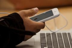 Apple kích hoạt xác minh 2 bước cho iMessages, FaceTime